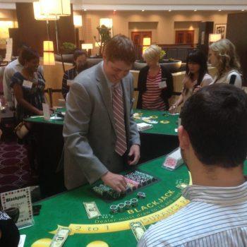 Blackjack 3, dealler counting chips