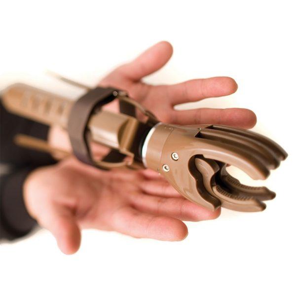 Handshake for Humanity, mechanical hand