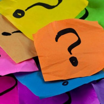 Think Fast Trivia, Post it notte with question marks on them